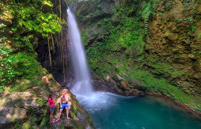 Oropendula Waterfall and hike